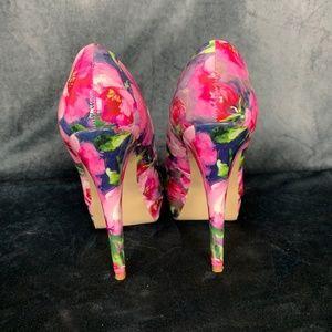 Guess Shoes - G by Guess Floral Winna Platform Pumps Size 7 M